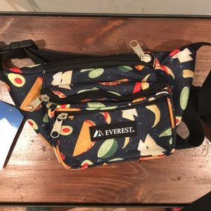 Handbags - Everest Taco Fanny Pack